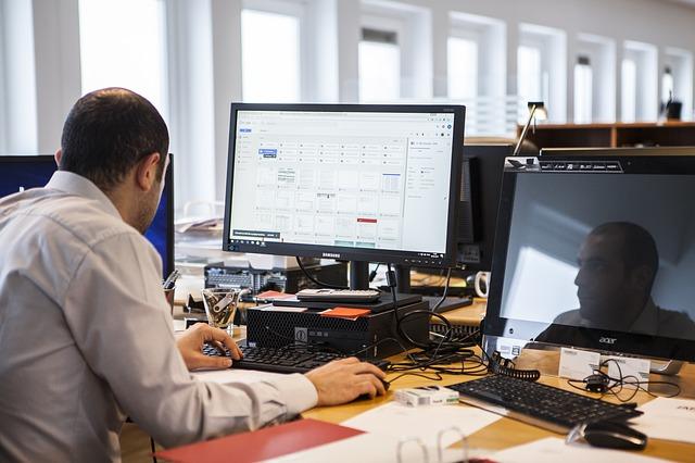 פתרונות מחשוב שיכולים לייעל את התפקוד של עסקים קטנים וגדולים כאחד